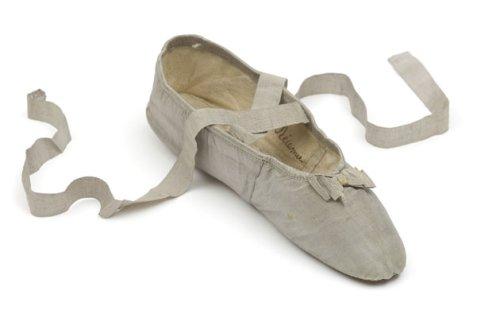 madame-recamier-chaussure-007