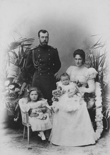 Nicholas II Alexandra Olga Tatiana